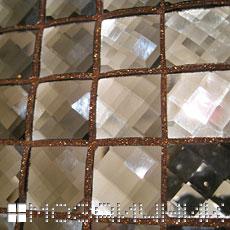 Укладка мозаики и затирка швов фото