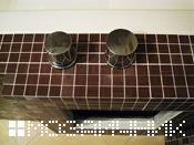 примыкание ванной мозаики