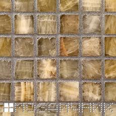 Мозаика из оникса затерта контрастной затиркой. Оникс окрасился фото