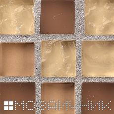 Металлическая затирка выделяется на контрасте с мозаикой фото