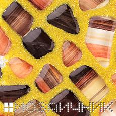 Золотая эпоксидная затирка мозаика из гальки фото