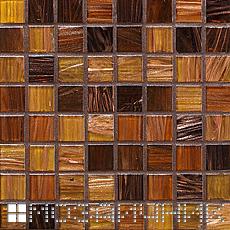 Темно коричневая эпоксидная затирка затемняет стеклянную мозаику фото