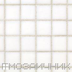 Мозаика содержит поры которые забивает эпоксидная затирка. белая затирка не выделяется и смотреться светлой фото
