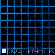 Фотолюминесцентное свечение в синий эпоксидной затирке фото