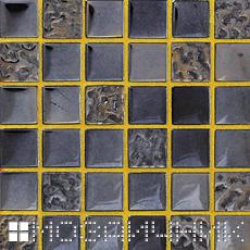 Черная стеклянная мозаика с золотой затиркой - контраст